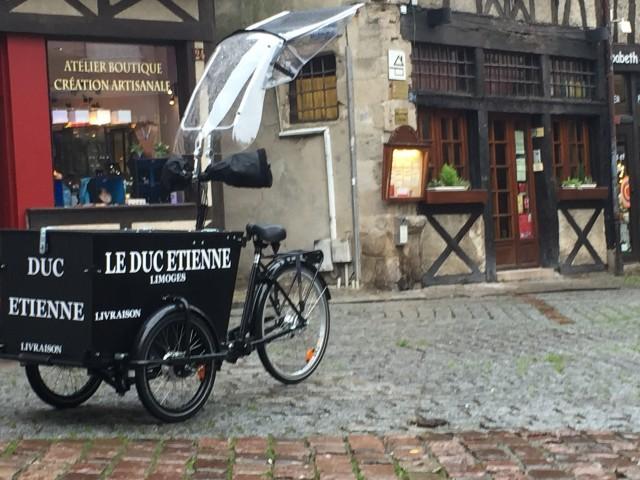 Les Petits Ventres emavic-sarl@orange.fr